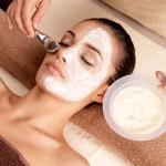 Naturalne kosmetyki – zdrowa pielęgnacja dla każdej kobiety